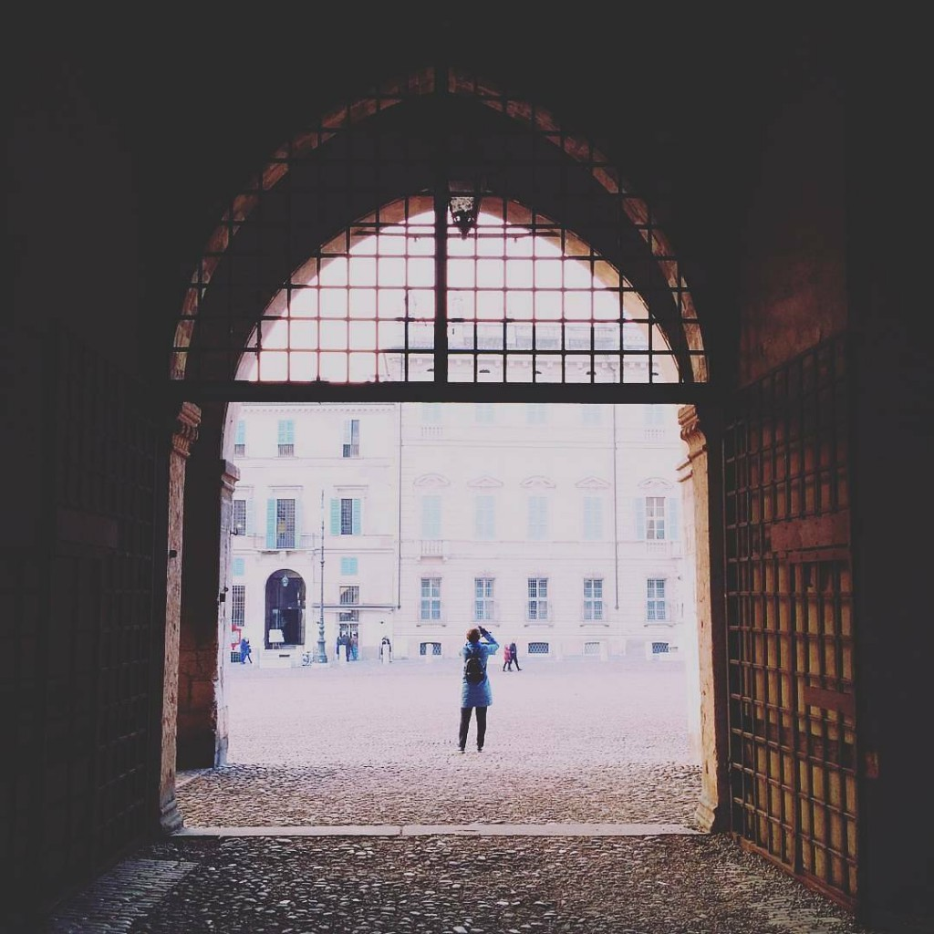 Apriamo il luned passando dallingresso originario del Palazzo Ducale Fotohellip