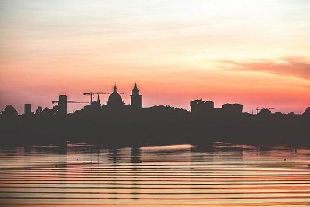 Qui da noi i tramonti fanno sognare anche in autunnohellip